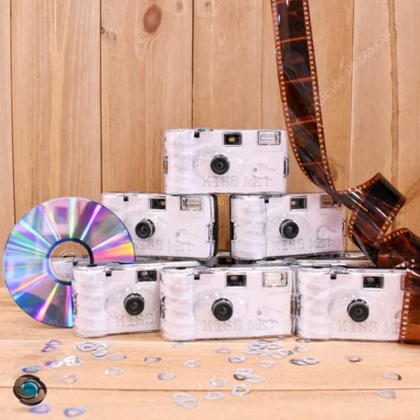 10 Appareils jetables Kiss Me développement sur CD pour mariage